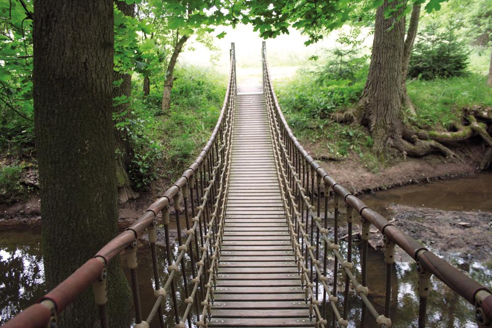 Zwei Hängebrücken führen zwischen Nöbdenitz und Posterstein über die Sprotten.