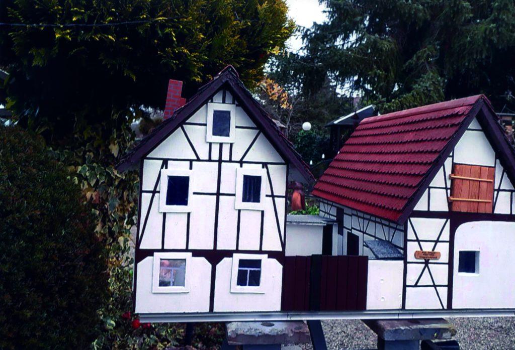 Modell der Alten Schule Nöbdenitz des Ortsverschönerungsvereins Nöbdenitz